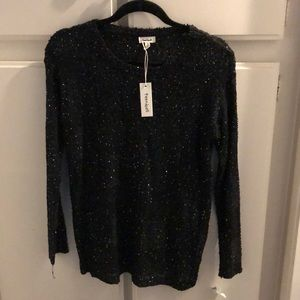 Sweaters - Black sparkly sweater